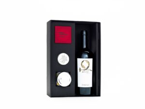 Sari Safran Gift Box with Karasi Red Wine by Zorah, Armenia